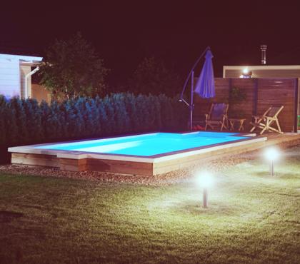 Бассейн с подсветкой (скоро будет подогрев)